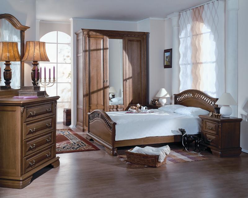 Где лучше поставить шкаф в спальне?