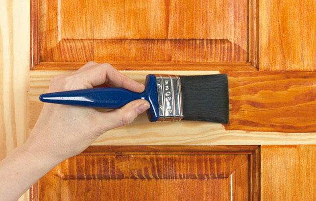 Как снять лак с дерева в домашних